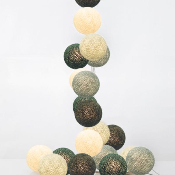 good moods* NORDLICHT - Ball-Lichterkette mit 20 Stoffkugeln - 20 warmweiße LEDs - Geschenkkarton