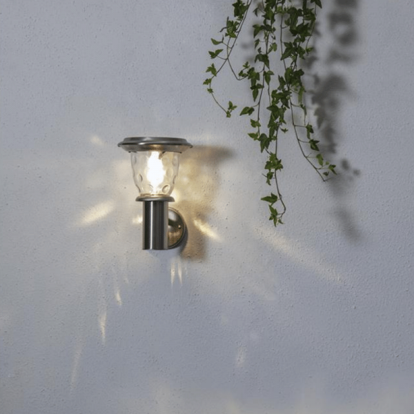 "LED Solar Wandleuchte ""Pireus"" - Edelstahl - warmweiße LED - H: 27cm, D: 24cm - Dämmerungssensor"