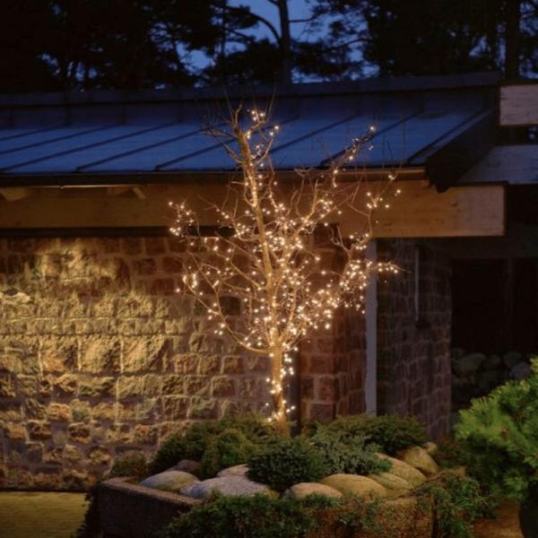Microlichterkette - Pure - 5,95m - 120 x Warmweiß - Schwarzes Kabel - Outdoor
