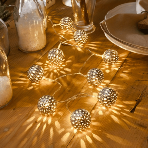 LED-Dekolichterkette - 0,9m - 10x Warmweiß - Ø 4cm - Silber - transparentes Kabel - Batteriebetrieb