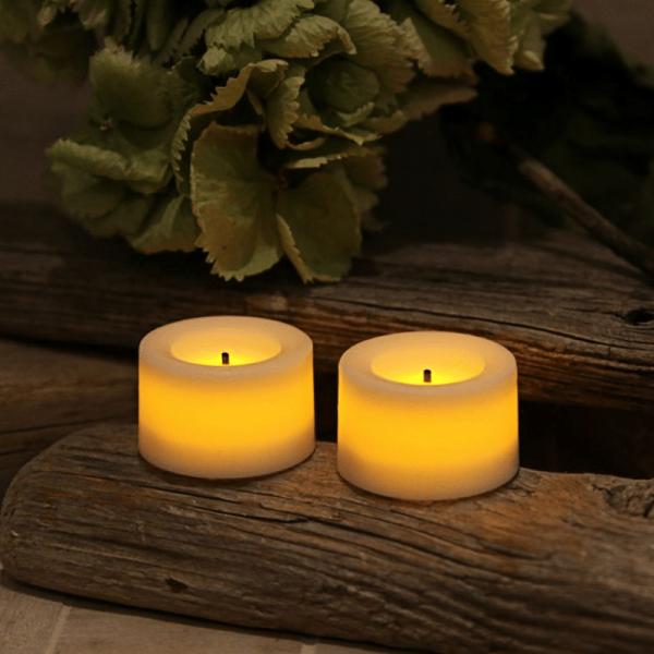 "LED Teelicht ""Waxy"" - Echtwachs - flackernde LED - H: 2.4cm, D: 3,6cm - Batteriebetrieb - 2er Set"