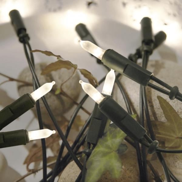 LED Lichterkette Pisello - 20 warmweiße LED - L: 2,85m - grünes Kabel - indoor - gefrostet