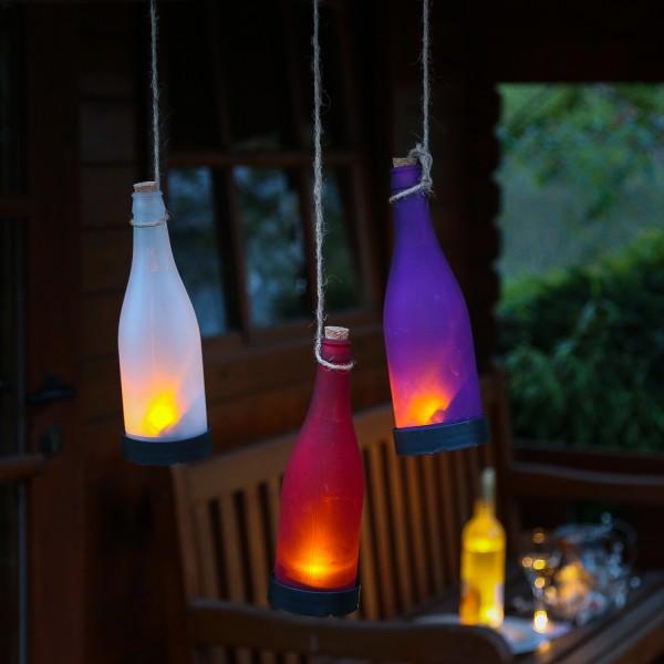 LED Solar Flasche - Dekoleuchte für Garten - gelb flackernde LED - violett