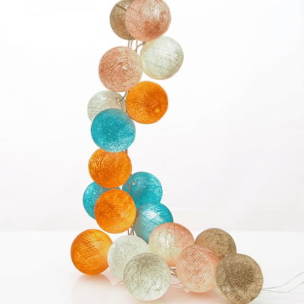 good moods* ZUCKERWATTE - Ball-Lichterkette mit 35 Stoffkugeln - 35 warmweiße LEDs - Geschenkkarton