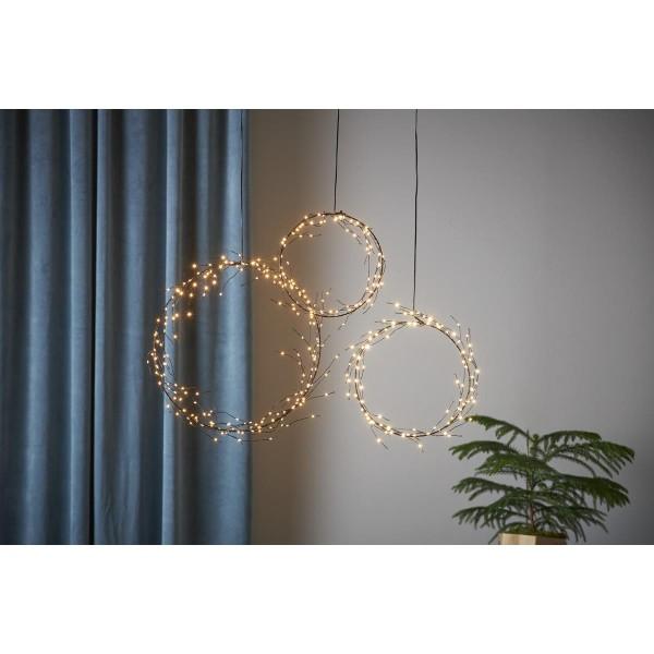 "LED Kranz ""Curly"" - 80 warmweiße LED - D: 22cm - Batteriebetrieb - Timer - schwarz"