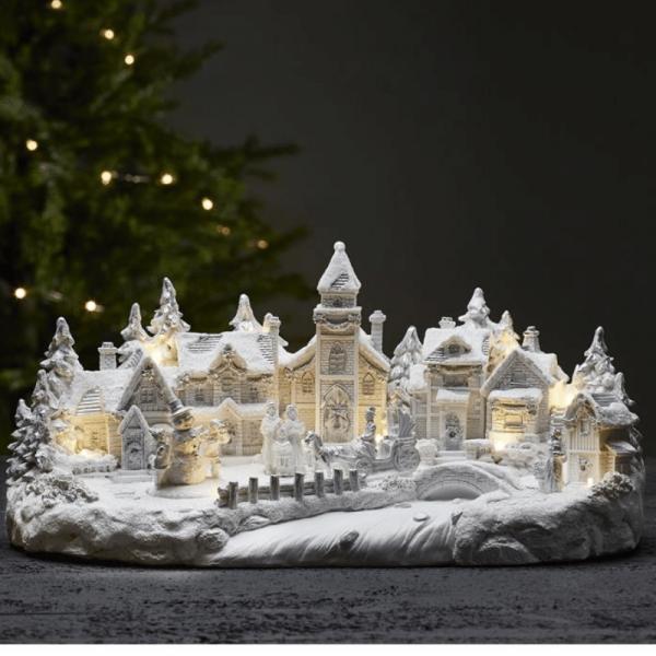 """LED-Weihnachtsszene""""Largeville"""" - Motiv: Winterdorf - 11 warmweiße LED - H: 21cm - weiß"""