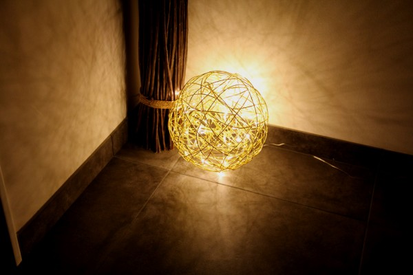 "Drahtkugel gold ""GOLD SPHERE 30"" - 30cm - 50 warmweiße LEDs - outdoor IP44, Trafo"