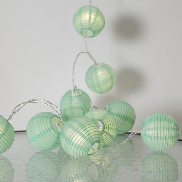LED Lichterkette Festival- 10 grüne Lampions - warmweiße LED - 1,35m - inkl. Trafo - für Innen