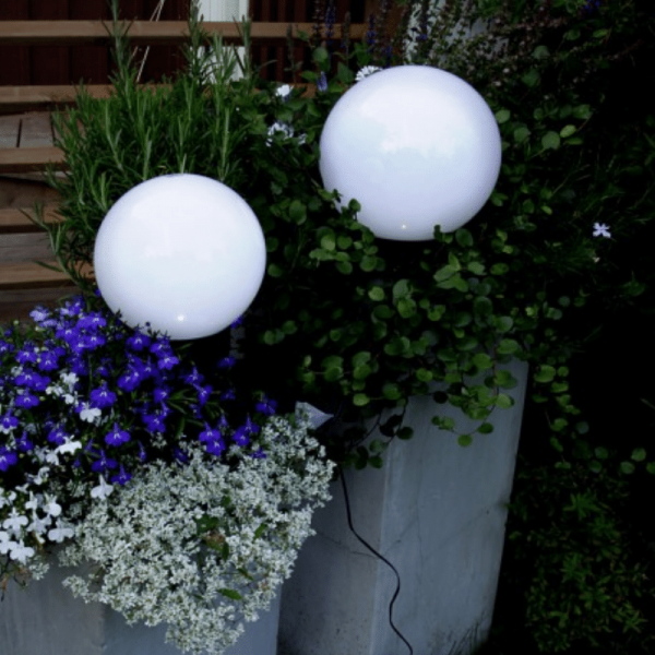 "LED Solar Gartenkugel ""Globus"" - Erdspieß - H: 32cm, D: 15cm - warmweiße LED - Dämmerungssensor"