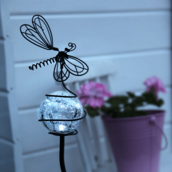 """LED Solarstab """"Libelle """" - schwarz - weiße LED in Glaskugel - H: 85cm - D: 15cm - Dämmerungssensor"""