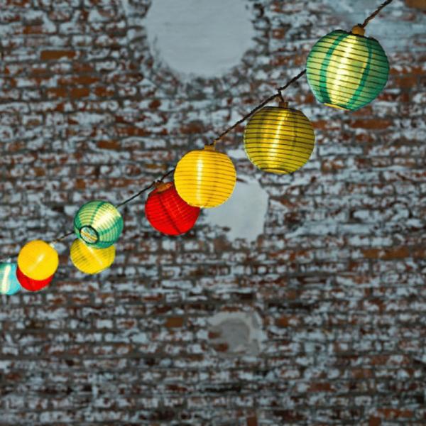 "LED Lichterkette ""Lampion"" - 40 bunte Lampions mit warmweißen LED - 9,75m - inkl. Trafo"
