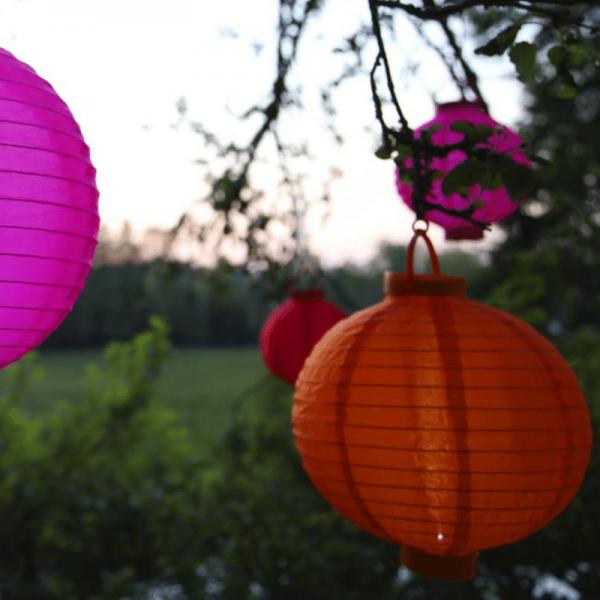 Solar-Lampion orange - LED Automatik bei Dunkelheit - D: 20cm - mit Montagehaken