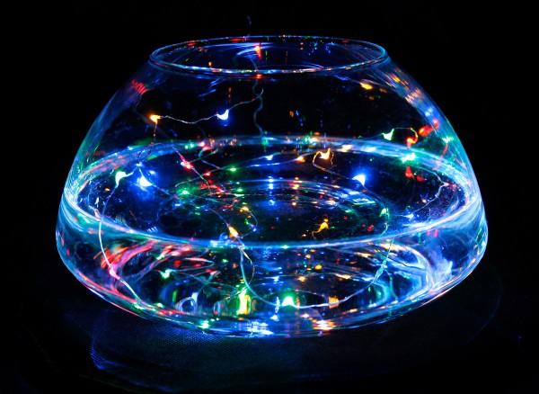 LED Batterie-Lichterkette AQUA - 30 x farbige Tropfen-LED - 150cm - Unterwasserbetrieb möglich