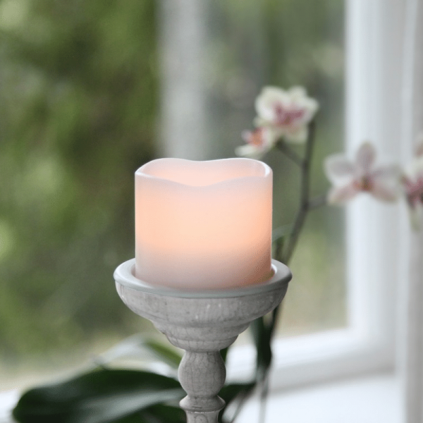 LED-Kerze | Echtwachs | Wave | flackernde LED | Timer | Creme