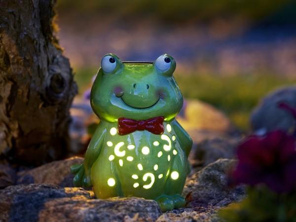 Gartenfigur | Solar | Frosch von innen beleuchtet | →13cm x ↑12cm | 1 LED im Inneren | mit Lichtsensor