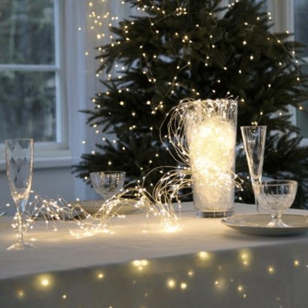 """LED Lichtbündel """"Dew Drop"""" - 360 warmweiße LED auf 23 silbernen Drähten - 2000K - 2m - inkl. Trafo"""