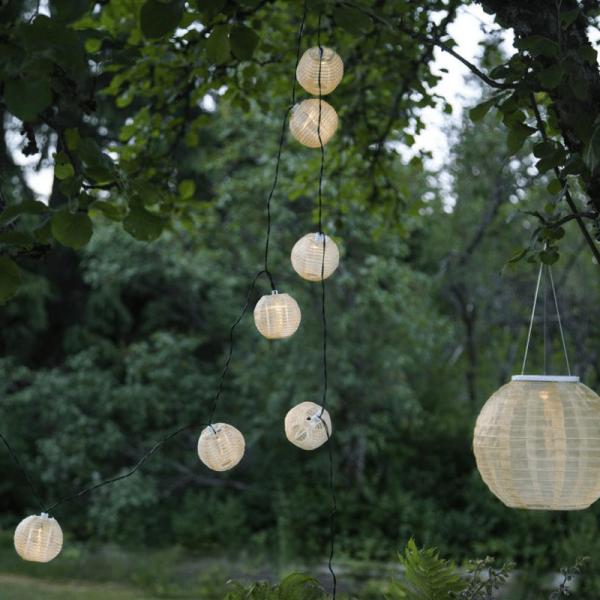 "LED Lichterkette ""Festival"" - warmweiße LED - 10 beige Lampions - Solar - L: 2,70m"