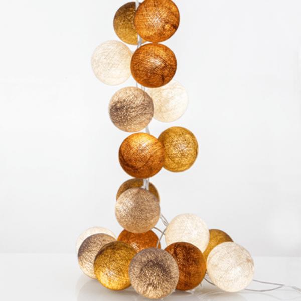 good moods*MILCH & HONIG - Ball-Lichterkette mit 35 Stoffkugeln - 35 warmweiße LEDs - Geschenkkarton