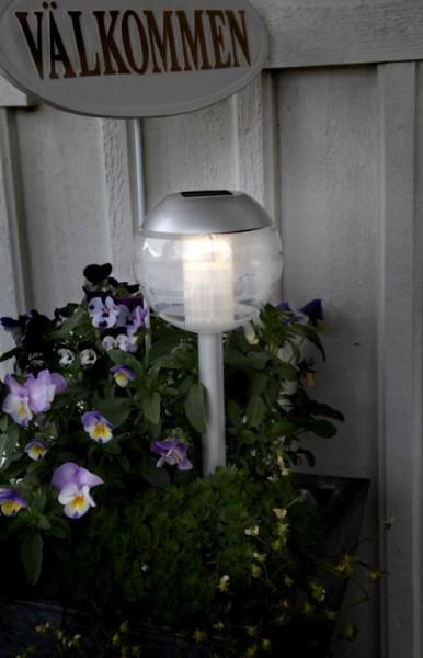 Wegeleuchte - LED - Solar - Kunststoff - 30cm x 12cm