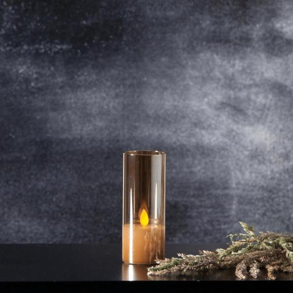 """LED Windlicht """"Twinkle"""" - Echtwachs - bewegte, gelbe Flamme - Timer - H: 12,5cm - goldbraunes Glas"""