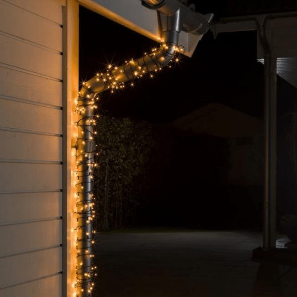 Micro LED Lichterkette - 800 bernsteinfarbene LED - L: 55,93m - schwarzes Kabel - Outdoor