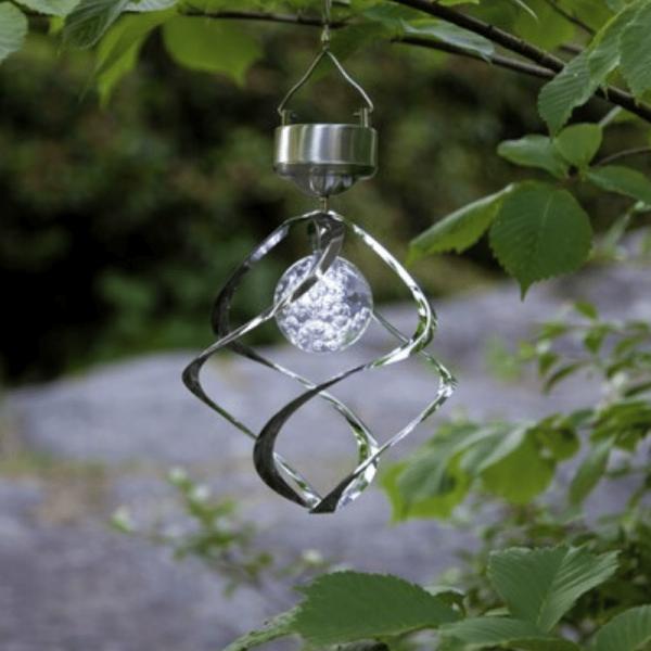 LED Solar Windspiel Spirale - kaltweiße LED - Dämmerungssensor - drehend und leuchtend - silber