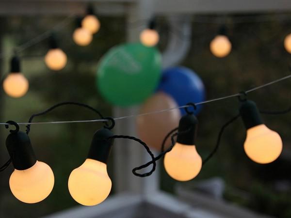 LED-Partylichterkette - Party Line Outdoor - 5,70m - 20x Warmweiß