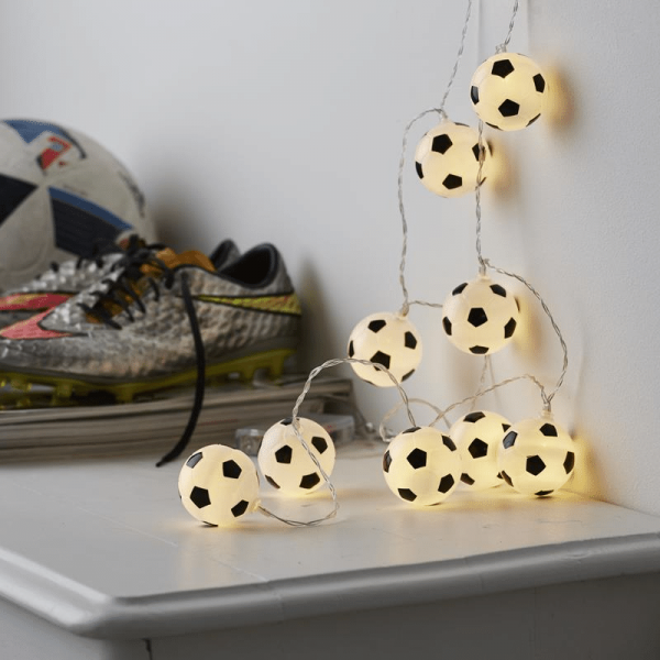 "LED Lichterkette ""GOAL"" - 10 Fußbälle mit warmweißen LED - L: 1,35m - Batterie - Timer"
