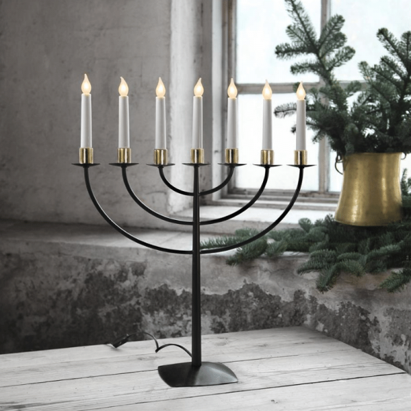 LED Kerzenleuchter MARCIA - 7 Arme - warmweiße LEDs - H: 57cm - Schalter - schwarz