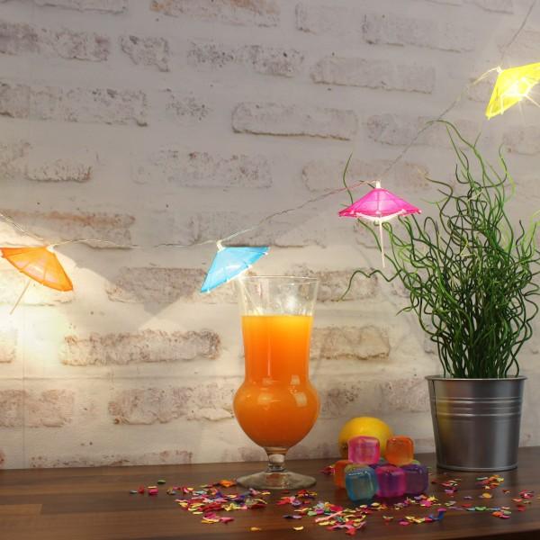 LED Lichterkette - 10 bunte Sonnenschirmchen - warmweißen LED - L: 1,35m - Batterie