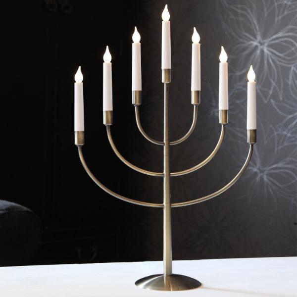 "LED Kerzenleuchter ""Titus"" - 7 Arme - warmweiße LED - H: 59cm - Schalter - Oxid"