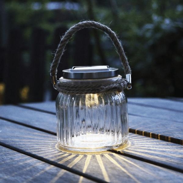 "LED Solarglas ""Jamjar"" - Geriffeltes Glas - warmweiße LED - Lichtsensor - H:11,5cm, D: 11cm"