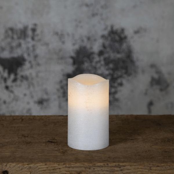 "LED Kerze ""Presse"" - Echtwachs - flackernde LED, Flammenschalter - Timer - H: 12,5cm,D: 7,5cm - weiß"