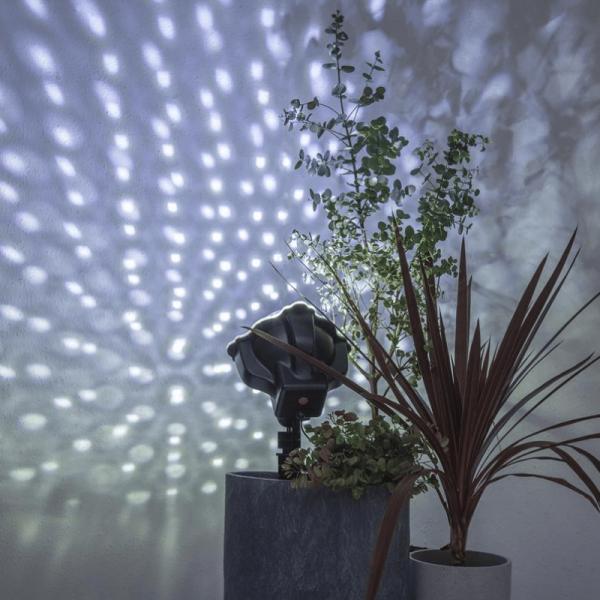 LED Schneeflocken-Projektor - weiße Flocken - inkl. Trafo - 8h Auto-Off- outdoor - mit Erdspieß