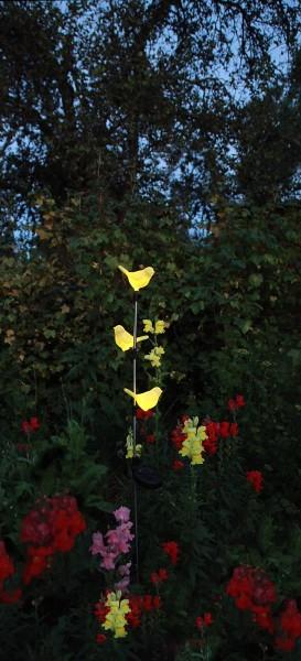 "LED-Solarstab ""Twitter""- gelb - gelbe LEDs in Vögelchen - H: 95cm - D: 10cm - Dämmerungssensor"