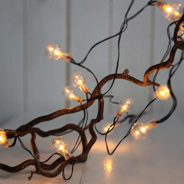 "LED Party Lichterkette ""Globe"" - 16 transparente Birnen - warmweiße LED - L: 2,4m - Batterie - Timer"