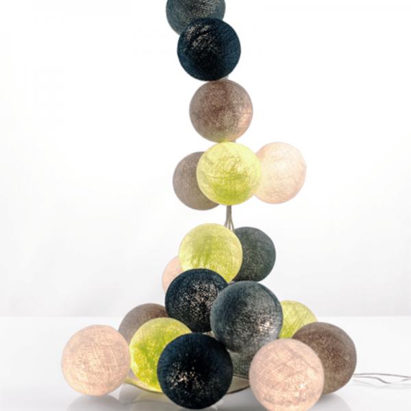 good moods* HINGUCKER - Ball-Lichterkette mit 20 Stoffkugeln - 20 warmweiße LEDs - Geschenkkarton