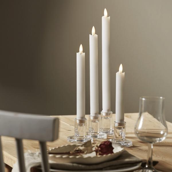 """LED Stabkerzen """"Flamme"""" - Echtwachs - warmweiße LED - 4 Größen - Timer - weiß - 4er Set"""