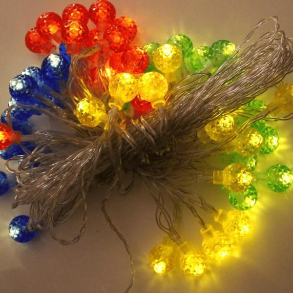 LED Solar Lichterkette mit 50 mini Lampions - Dämmerungsschalter - 5m - Erdspieß - outdoor