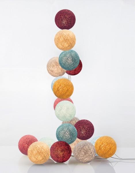 good moods* HANA 35 - Ball-Lichterkette mit 35 Stoffkugeln - 35 warmweiße LEDs - Geschenkkarton