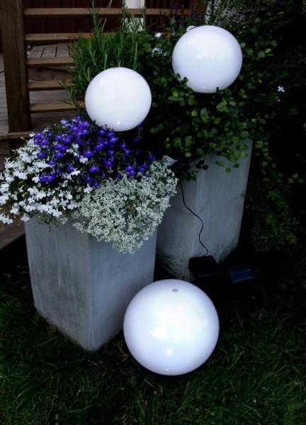 LED-Gartenkugel - Solar Line Outdoor - Erdspieß - →20 x ↑35cm - Warmweiß