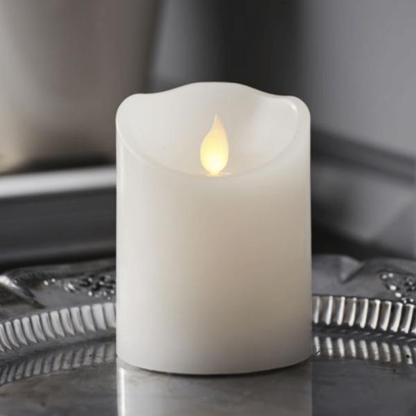 """LED Kerze """"M-Twinkle"""" - Echtwachs - mechanisch bewegte Flamme - Timer - H: 10cm - weiß"""