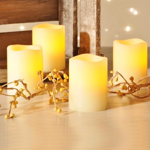 LED Echtwachs Kerzen in einer Größe - Auspustefunktion - flackernde LED - creme - 4 Stück