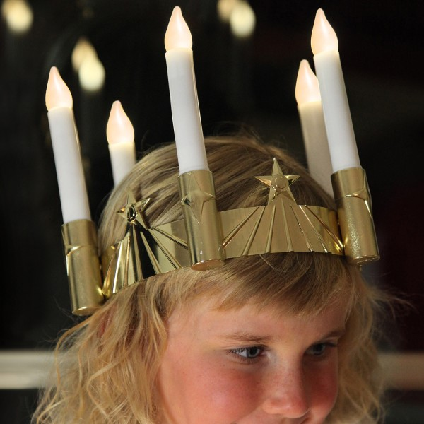 LED Stabkerze Santa Lucia - Krone - 5-flammig - warmweiße LED - Batterie - verstellbar - gold