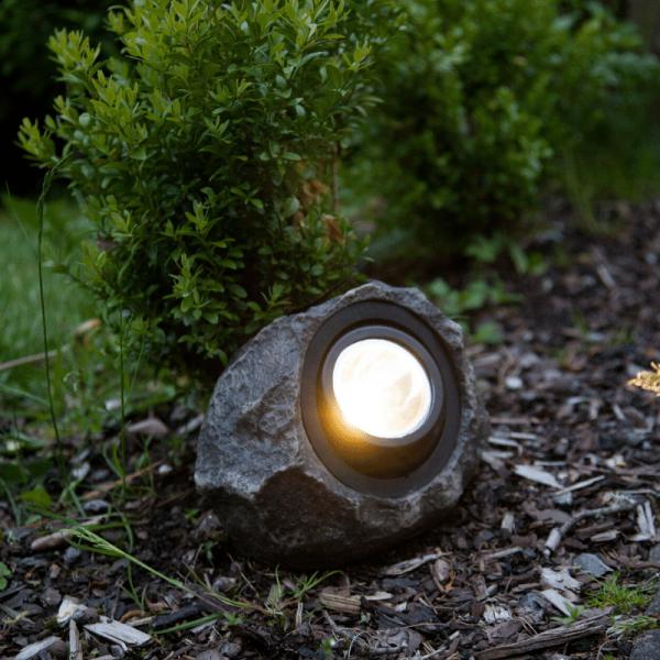 "LED Solar Felsen ""Rocky"" - Spot mit warmweißer LED -Dämmerungssensor - 18lm - H: 16cm"