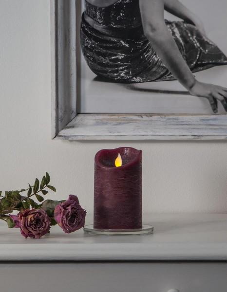 LED Stumpenkerze TWINKLE, violett- H: 12,5cm - D: 7,5cm - Timer - bewegte, warmweiße LED Flamme