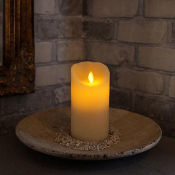 LED-Kerze | Echtwachs | Twinkle | mechanische Flamme | Timer | Creme | ↑15cm