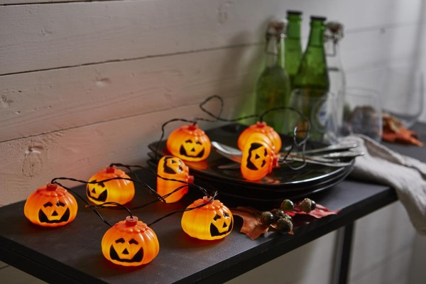 "LED-Halloween-Lichterkette ""Pumpy"" - 8 orangene Kürbisse - 2,1m - Batterie - Timer"