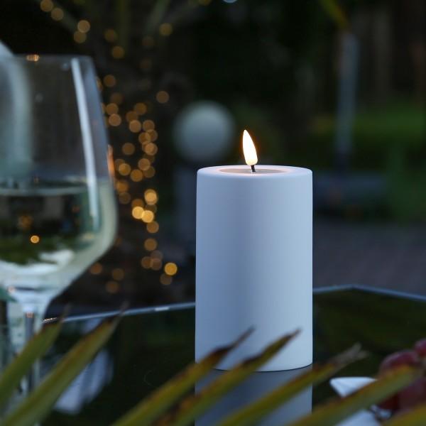 LED Stumpenkerze MIA - Kunststoff - realistische 3D Flamme - H: 12,5cm - outdoor - pastellblau