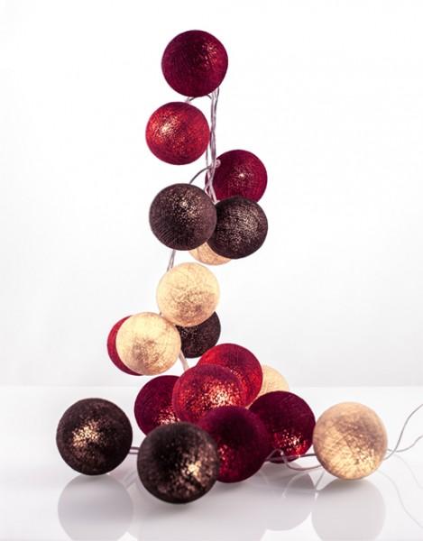 good moods* WALDBEERE - Ball-Lichterkette mit 20 Stoffkugeln - 20 warmweiße LEDs - Geschenkkarton